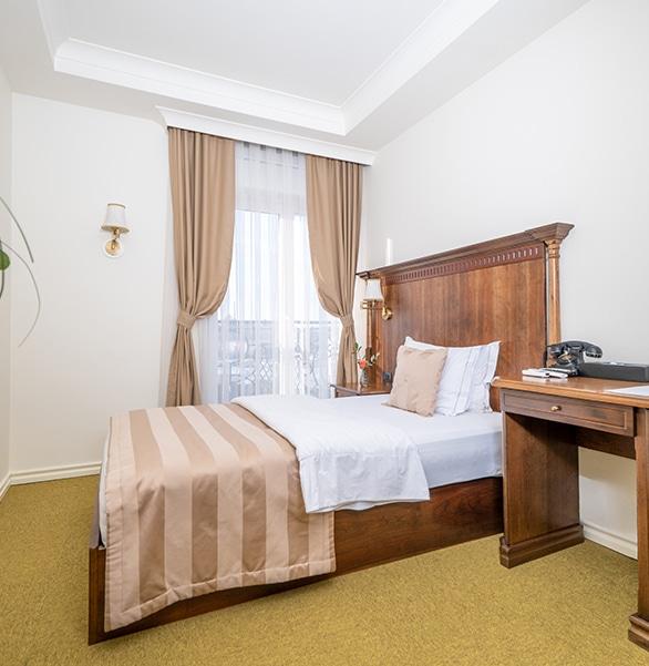 Economy Single Room Feature