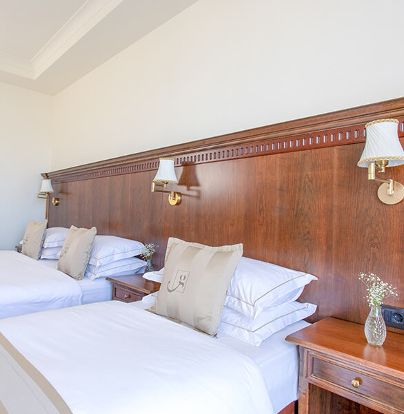 Triple Room Feature